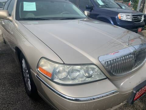 2004 Lincoln Town Car for sale at FAIR DEAL AUTO SALES INC in Houston TX