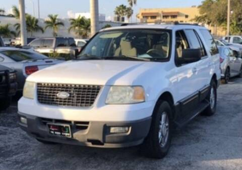 2004 Ford Expedition for sale at CAR VIPS ORLANDO LLC in Orlando FL
