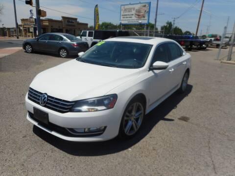 2012 Volkswagen Passat for sale at AUGE'S SALES AND SERVICE in Belen NM