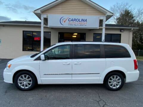 2016 Chrysler Town and Country for sale at Carolina Auto Credit in Youngsville NC
