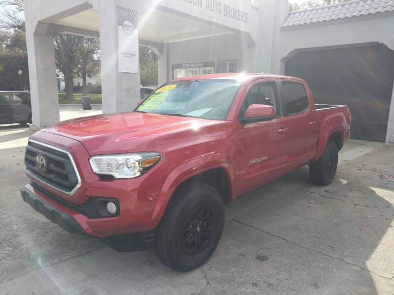 2020 Toyota Tacoma for sale at ROBINSON AUTO BROKERS in Dallas NC
