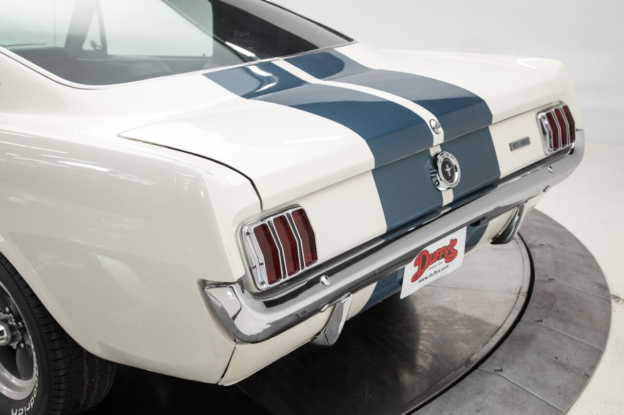 1965 Ford Mustang 5