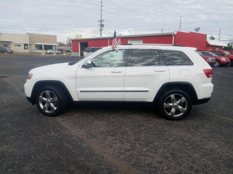 2013 Jeep Grand Cherokee for sale at L&T Auto Sales in Three Rivers MI