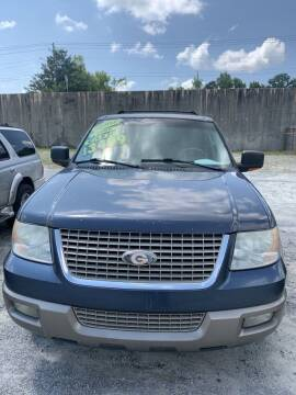 2003 Ford Expedition for sale at J D USED AUTO SALES INC in Doraville GA
