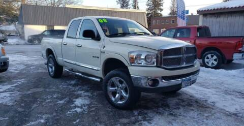 2008 Dodge Ram Pickup 1500 for sale at WB Auto Sales LLC in Barnum MN