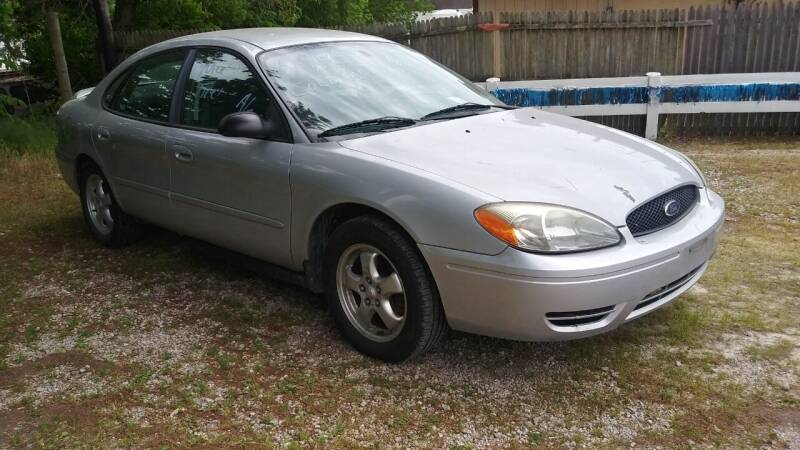 2005 Ford Taurus for sale at Easy Does It Auto Sales in Newark OH