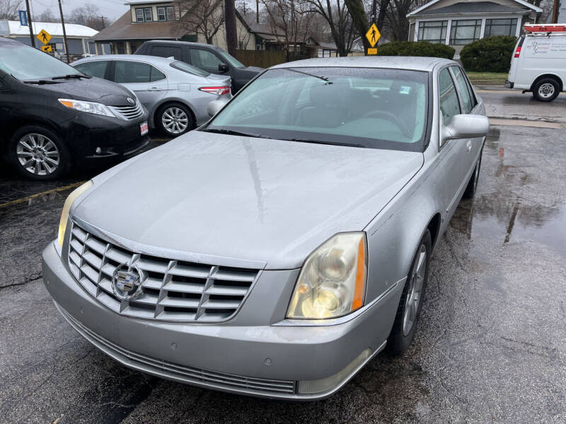 2006 Cadillac DTS for sale at Best Deal Motors in Saint Charles MO