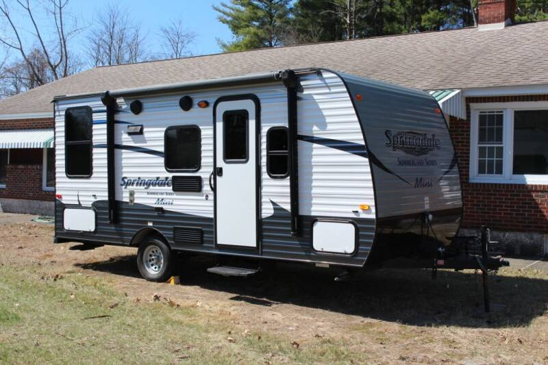 2016 Keystone springdale summerland mini for sale at Crown Motors in Schenectady NY