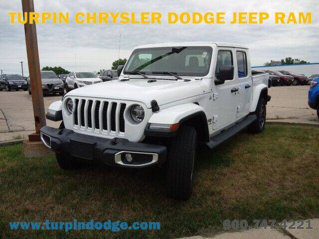 2021 Jeep Gladiator for sale at Turpin Dodge Chrysler Jeep Ram in Dubuque IA