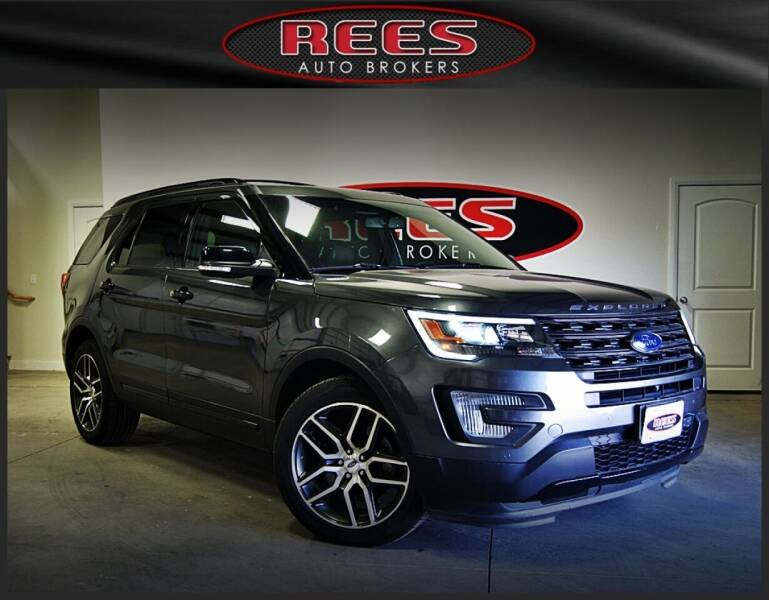 2017 Ford Explorer for sale at REES AUTO BROKERS in Washington UT