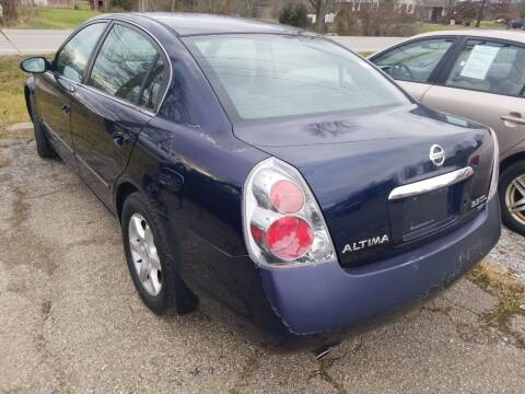 2005 Nissan Altima for sale at David Shiveley in Mount Orab OH