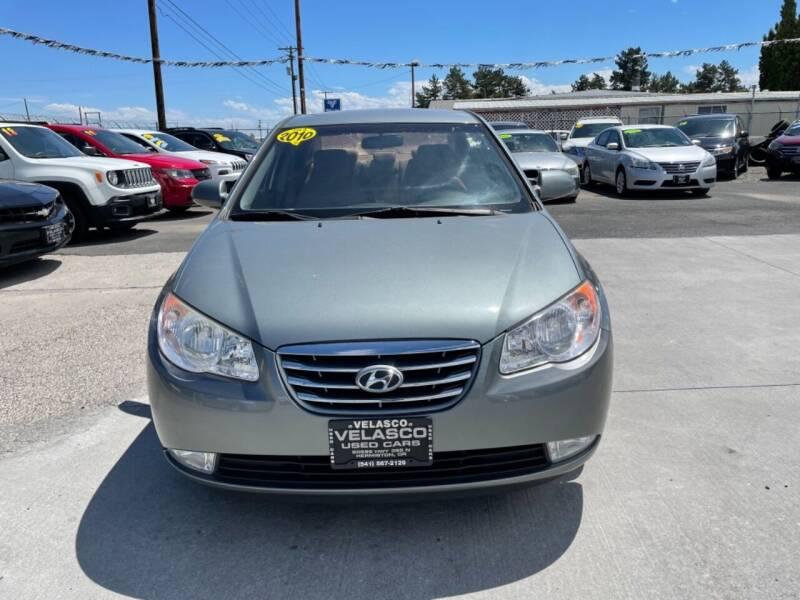 2010 Hyundai Elantra for sale at Velascos Used Car Sales in Hermiston OR