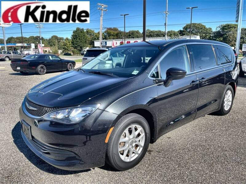 2017 Chrysler Pacifica for sale at Kindle Auto Plaza in Cape May Court House NJ