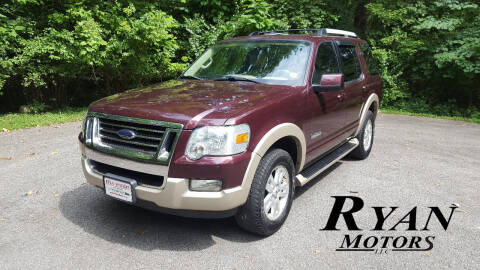 2006 Ford Explorer for sale at Ryan Motors LLC in Warsaw IN