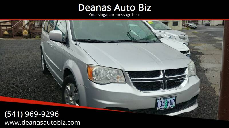 2011 Dodge Grand Caravan for sale at Deanas Auto Biz in Pendleton OR