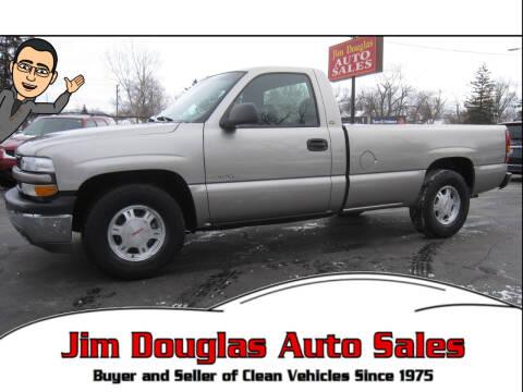 2002 Chevrolet Silverado 1500 for sale at Jim Douglas Auto Sales in Pontiac MI