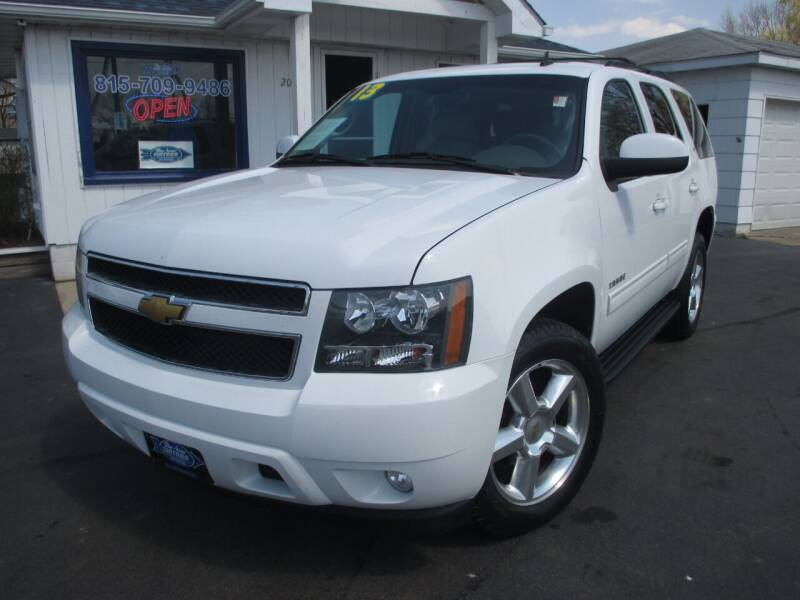 2013 Chevrolet Tahoe for sale at Blue Arrow Motors in Coal City IL