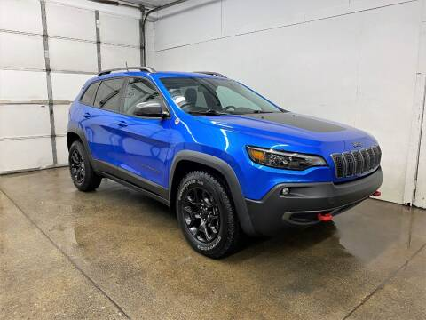 2019 Jeep Cherokee for sale at PARKWAY AUTO in Hudsonville MI