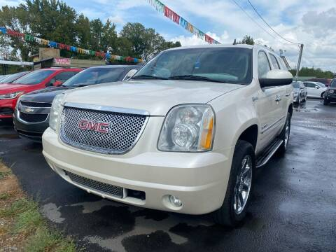2010 GMC Yukon for sale at BEST AUTO SALES in Russellville AR