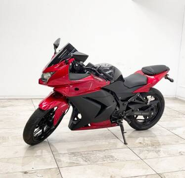 2012 Kawasaki EX250JCF NINJA 2 for sale at Elegant Auto Sales in Rancho Cordova CA