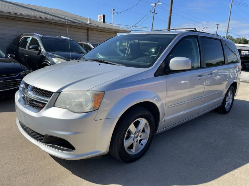 2012 Dodge Grand Caravan for sale at Pary's Auto Sales in Garland TX
