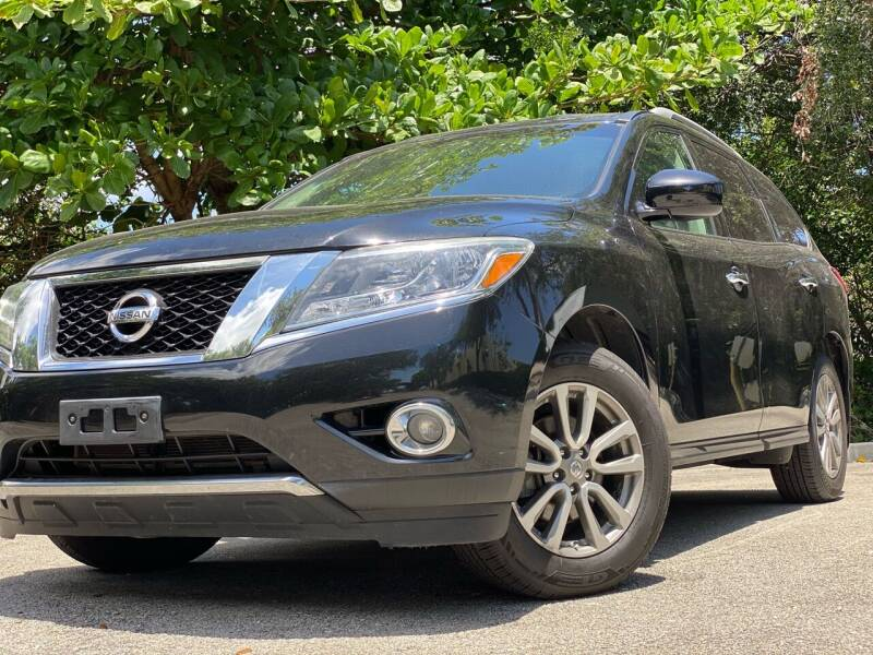 2015 Nissan Pathfinder for sale at HIGH PERFORMANCE MOTORS in Hollywood FL