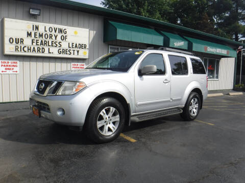 2010 Nissan Pathfinder for sale at GRESTY AUTO SALES in Loves Park IL