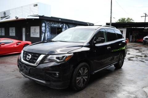 2019 Nissan Pathfinder for sale at ELITE MOTOR CARS OF MIAMI in Miami FL