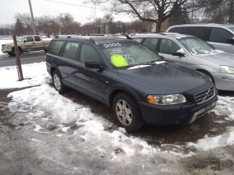 2005 Volvo XC70 for sale at Continental Auto Sales in White Bear Lake MN