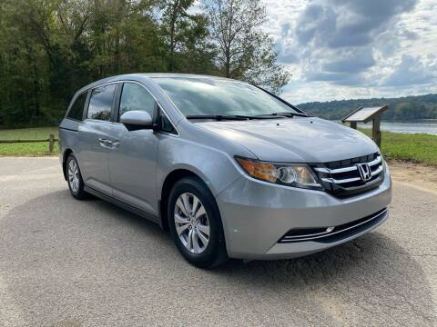2016 Honda Odyssey for sale at Monroe Auto's, LLC in Parsons TN