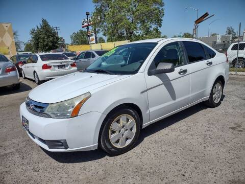 2008 Ford Focus for sale at Larry's Auto Sales Inc. in Fresno CA