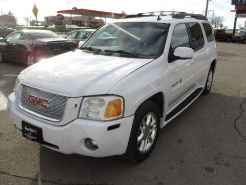 2006 GMC Envoy XL for sale at King's Kars in Marion IA
