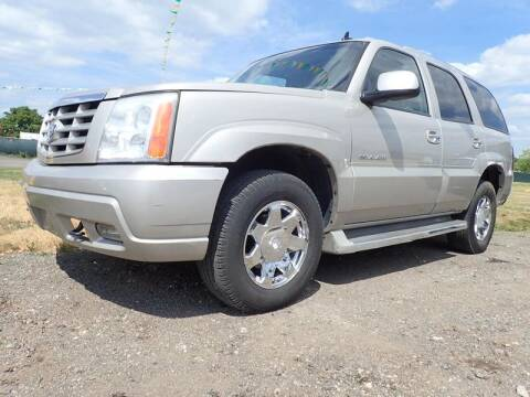 2006 Cadillac Escalade for sale at RPM AUTO SALES in Lansing MI