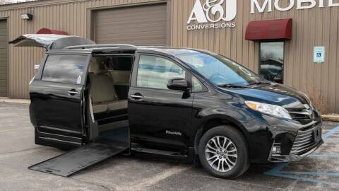 2019 Toyota Sienna for sale at A&J Mobility in Valders WI