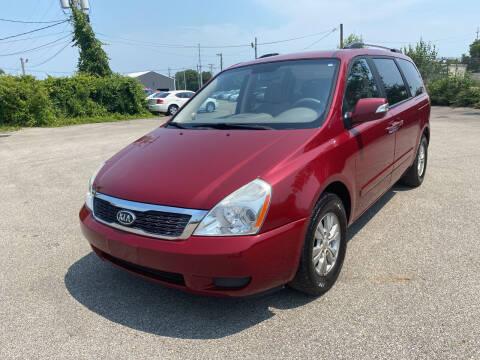 2011 Kia Sedona for sale at Mr. Auto in Hamilton OH