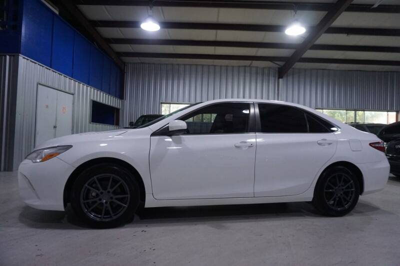 2016 Toyota Camry for sale at SOUTHWEST AUTO CENTER INC in Houston TX