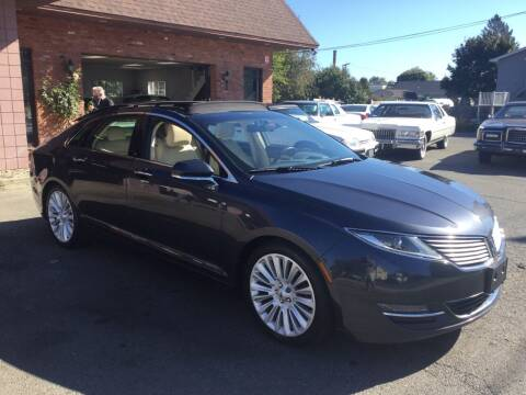 2014 Lincoln MKZ for sale at Pat's Auto Sales, Inc. in West Springfield MA