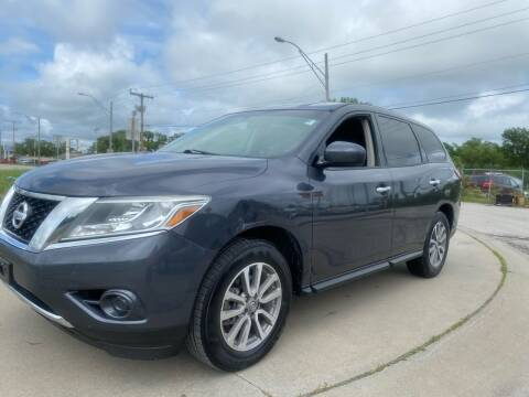 2014 Nissan Pathfinder for sale at Xtreme Auto Mart LLC in Kansas City MO