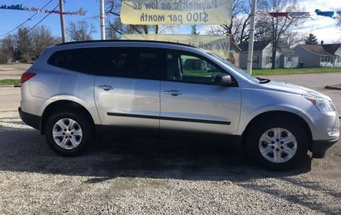 2010 Chevrolet Traverse for sale at Antique Motors in Plymouth IN