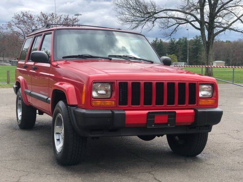 1999 Jeep Cherokee for sale at Choice Motor Car in Plainville CT