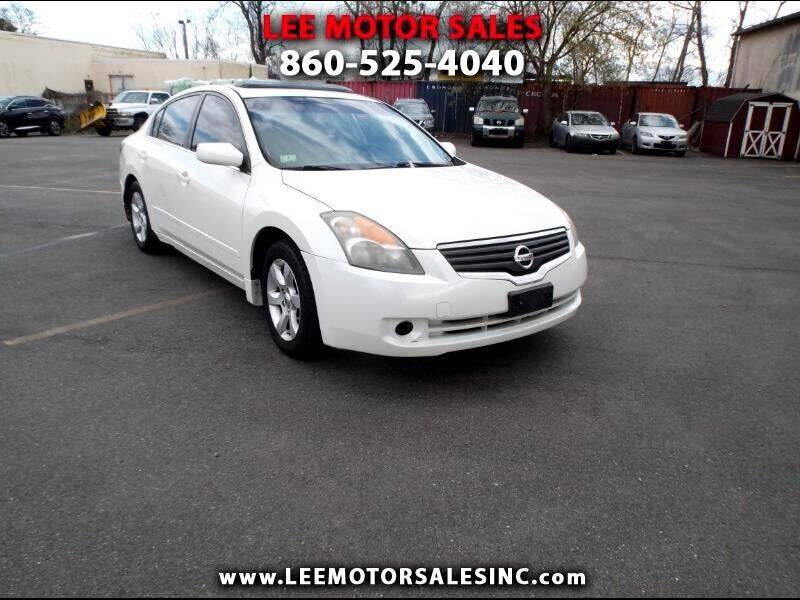2008 Nissan Altima for sale at Lee Motor Sales Inc. in Hartford CT