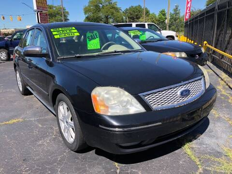 2005 Ford Five Hundred for sale at RJ AUTO SALES in Detroit MI
