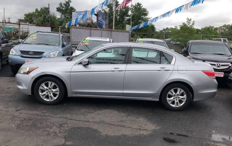 2009 Honda Accord for sale at Riverside Wholesalers 2 in Paterson NJ