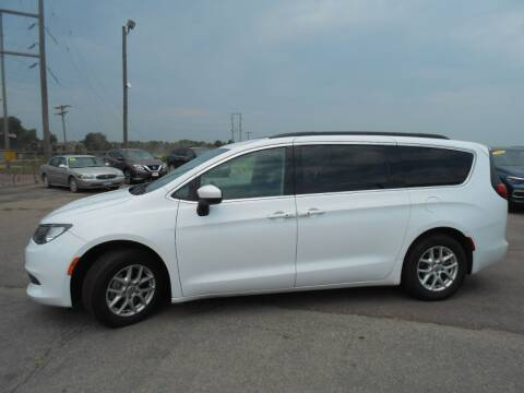 2020 Chrysler Voyager for sale at Salmon Automotive Inc. in Tracy MN