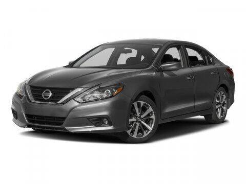 2017 Nissan Altima for sale at BEAMAN TOYOTA GMC BUICK in Nashville TN