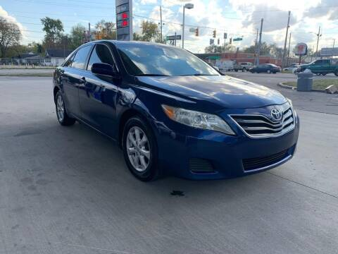2011 Toyota Camry for sale at JE Auto Sales LLC in Indianapolis IN