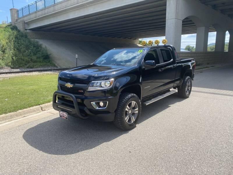 2015 Chevrolet Colorado for sale at Apple Auto in La Crescent MN