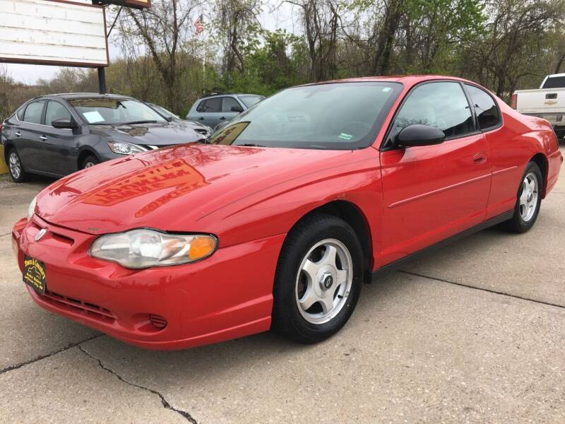 2004 Chevrolet Monte Carlo for sale at Town and Country Auto Sales in Jefferson City MO