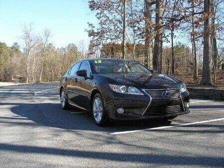 2013 Lexus ES 300h for sale at RICH AUTOMOTIVE Inc in High Point NC