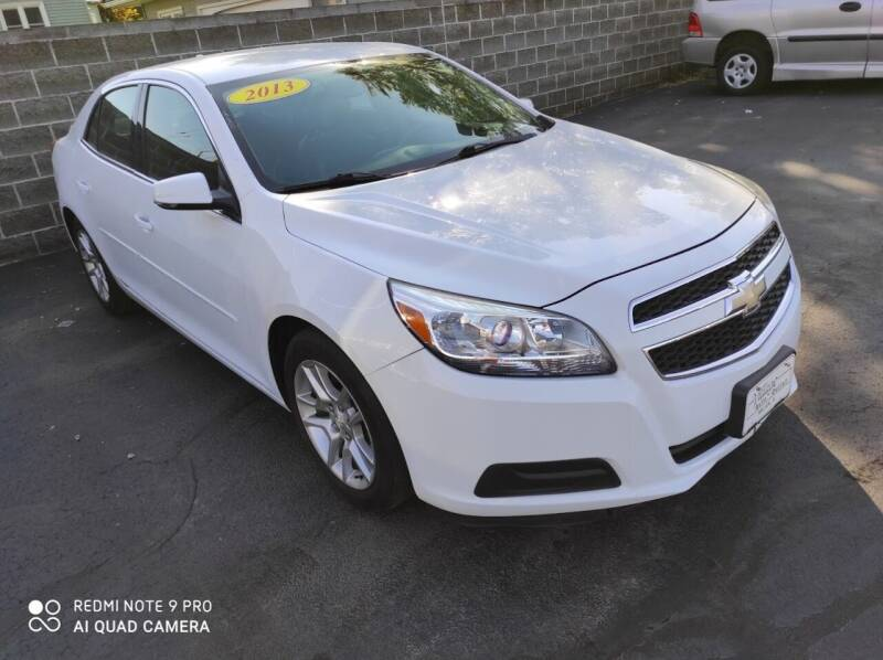 2013 Chevrolet Malibu for sale at Village Auto Outlet in Milan IL